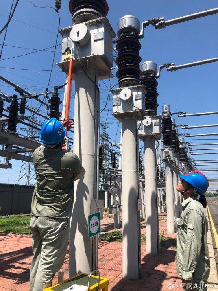 米庄变电站线路电流互感器带电检测
