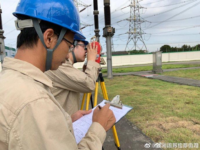 利用全站仪测量变电站避雷针的弯曲挠度