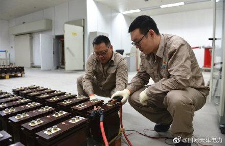 天津电科院开展10千伏电流互感器人工检定试验