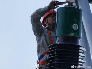 邵阳变电检修公司对变电站避雷器进行耐压试验