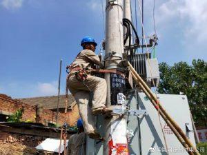 更换变低压配电柜助力电网安全