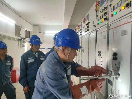 肇庆大旺供电局电缆分接箱、配电房开关柜的操作培训