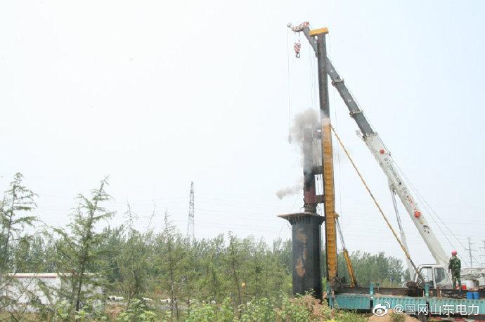 曹县青岛北路110千伏白跃线143-144号杆迁移施工