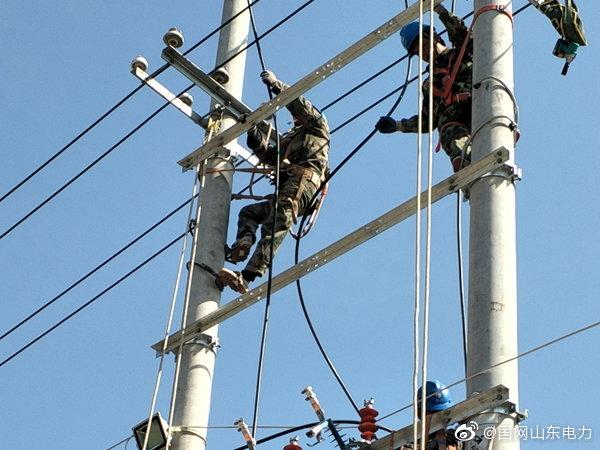 常家镇于梅村电网进行改造升级