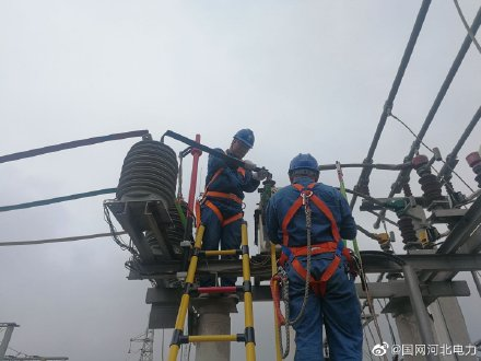 国网献县供电公司积极对辖区变电站按计划开展检修工作