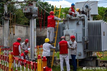 国网桂阳县供电公司在洋市变电站开展主变年度预防性试验