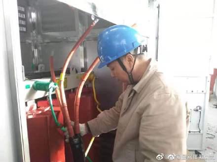 1600KVA隔离变压器进行空负载和高压试验