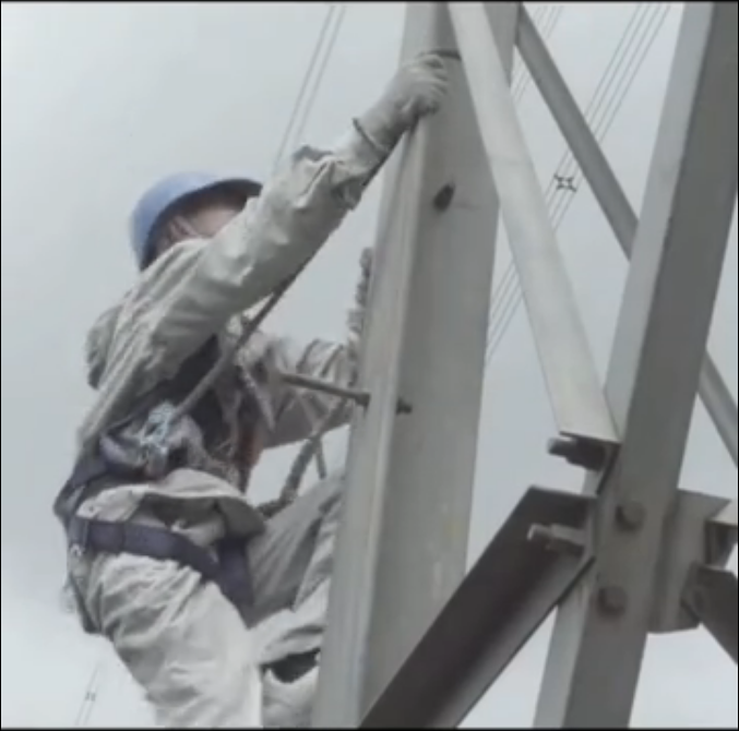 在500千伏超高压电场做短路接地试验